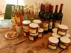 Honey & Wine Farm Jablan