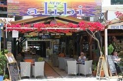 Alibi Cafe - Cocktail Bar