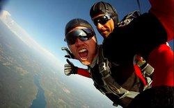 Skokpadobranom skydiving