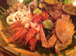 Baan Ra Tree Restaurant (The Thai Way)