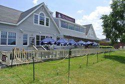 The Schooner Restaurant & Lounge