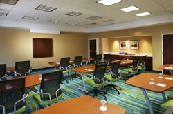 Our Newark Airport hotel's Conference Room