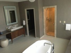 Bathroom in the Presidential Suite