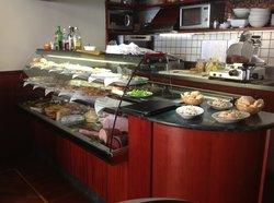 Basic Cafe'