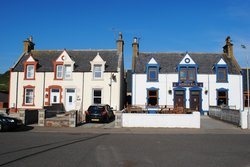Admirals Inn