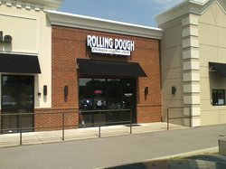 Rolling Dough Cafe