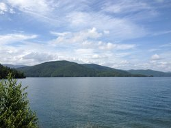 Lake Jocassee