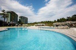 Lakai Sandpine resort