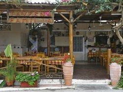 Taverna Familia