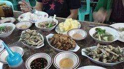 Mahogany Market Eateries