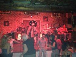 Carmen Bar