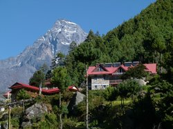 Everest Summit Lodge Monjo