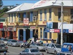 Adelphi Bar And Restaurant