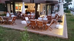 Prima Restaurant Bar
