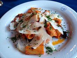 Moroldo's Fine Italian Restaurant