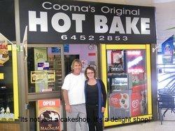Cooma's Original Hotbake