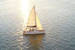 Jolly Mon Sailing Charter