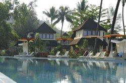 Jade Marina Resort Hotel