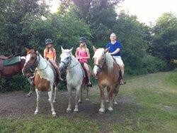 Beaver Springs Horseback Riding