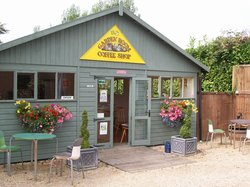 Brownes Garden Centre Coffee Shop