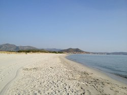 Spiaggia Cala Ginepro e Sa Curcurica