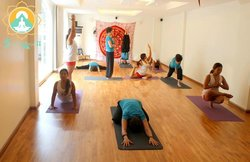 Om Hanoi Yoga & Cafe