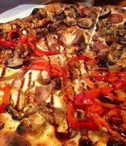 Max & Leo's Artisan Pizza