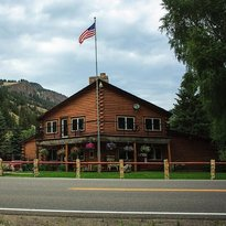 Blue Creek Lodge and restaurant