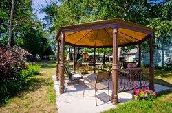 Adrian's Wasaga Beach Cottage & Condo Rentals