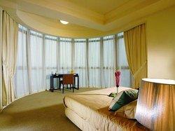 诗丽皇冠服务式公寓
