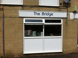 ‪Bridge Cafe‬
