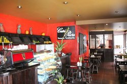 Cafe Perla