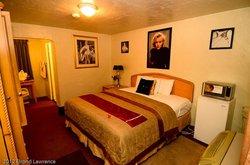 El Trovatore Motel