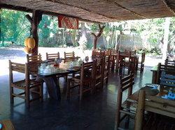 Tambarina Guest House & Restaurant