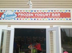 ‪Islands Frozen Yogurt‬