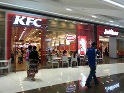 KFC SM Aura
