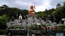 معبد بيوميوسا