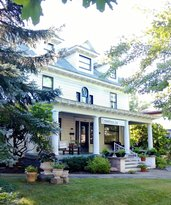 Columbiana Inn Bed and Breakfast