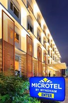 ‪Microtel Inn & Suites by Wyndham - Acropolis‬