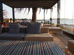 The posh expensive restaurant overlooking Lixouri by Argostoli