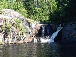 Crystal Falls Hiking Trail