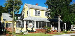 Strawberry House Bed & Breakfast