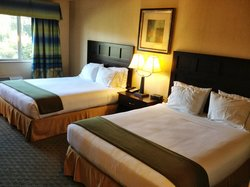 Holiday Inn Express Fort Bragg