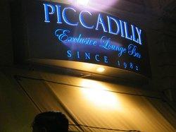 Piccadilly bar