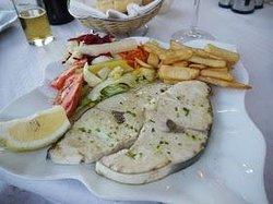 Bar restaurante La Entrada Maro