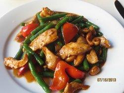Pom's Thai Taste Restaurant & Noodle House