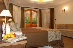 Suter Petit Hotel