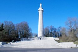 Montfaucon Monument & Ruins
