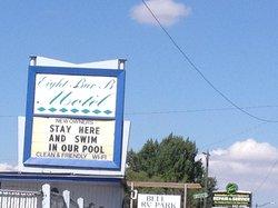 Eight Bar B Motel