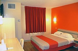 모텔 6 샌더스키 - 밀라노